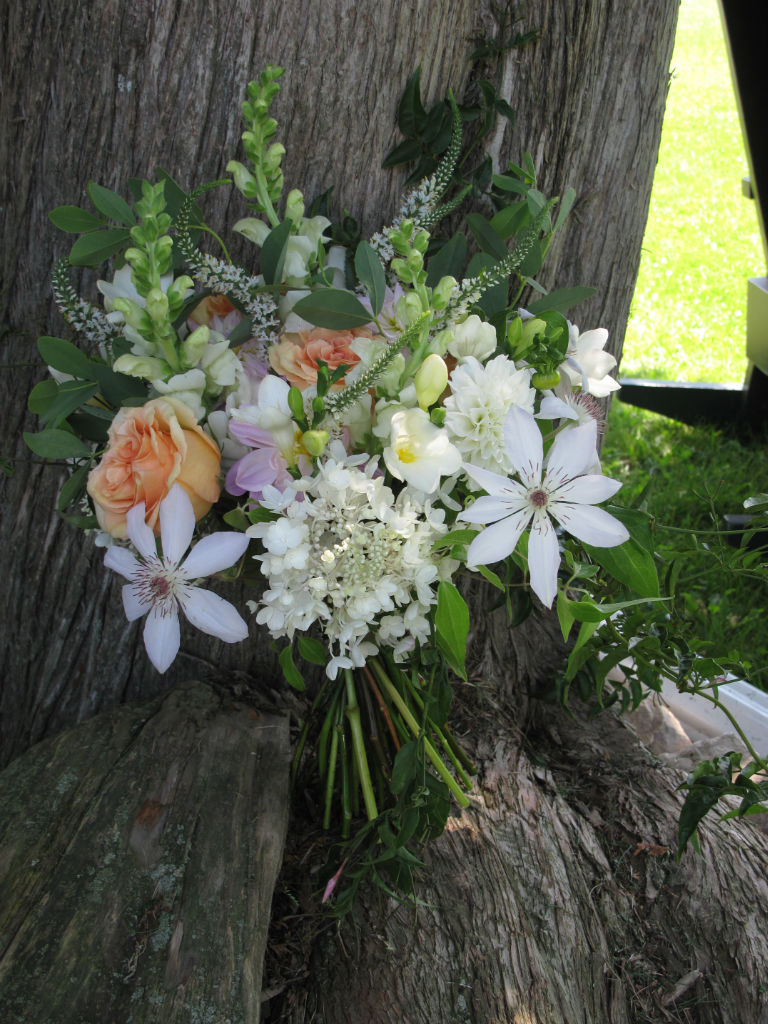 Vermont wedding flowers at Grand Isle Lake House