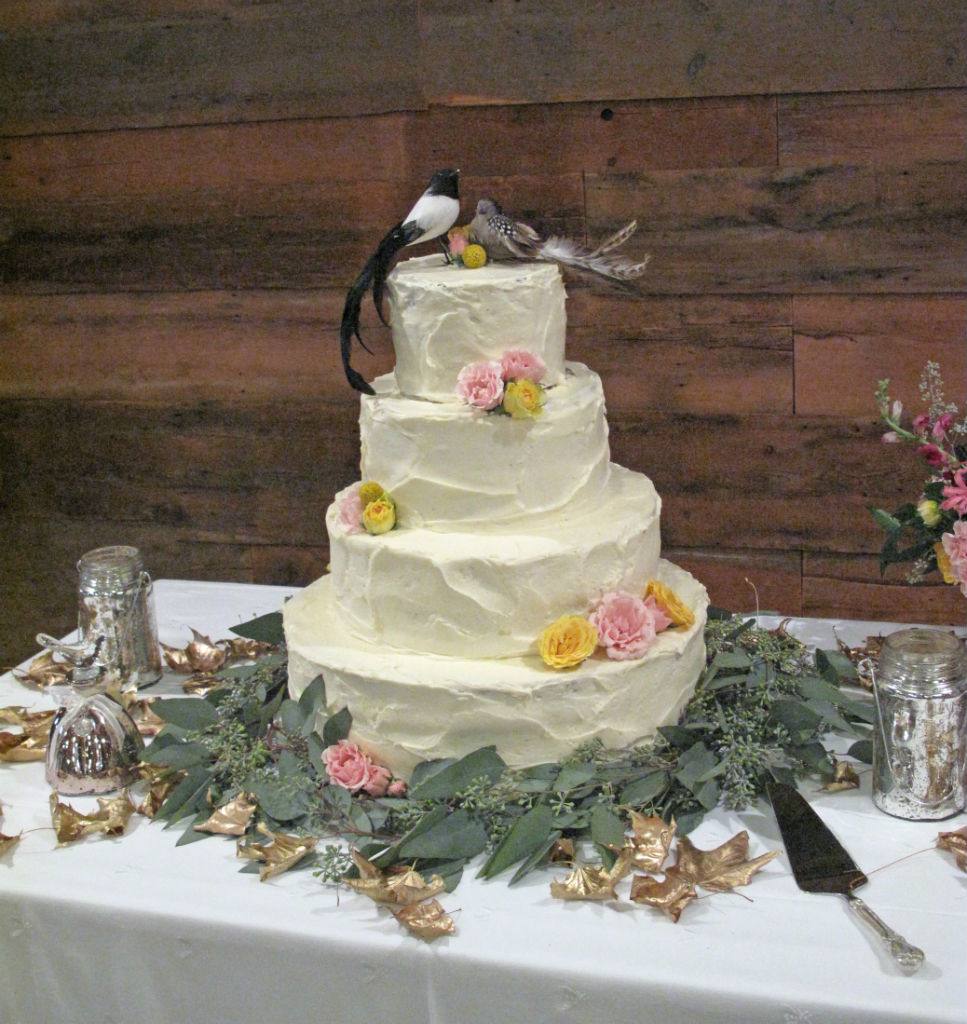 wedding-cake-by-Sweet Simones