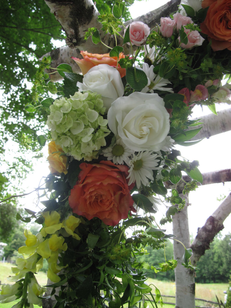 vermont wedding with summer style in grafton floral artistry by