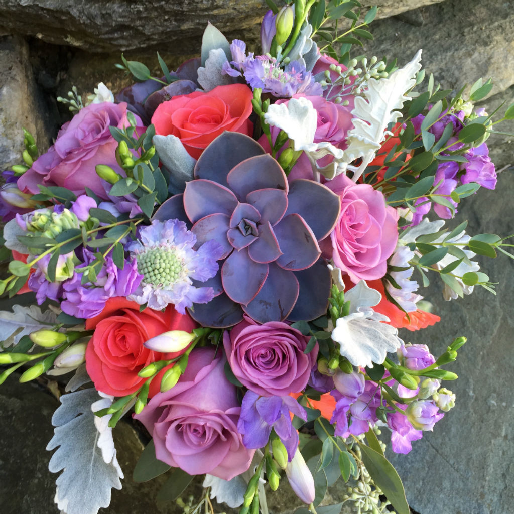 succulents, roses, coral flowers, Vermont wedding florist, Vermont wedding flowers, Floral Artistry