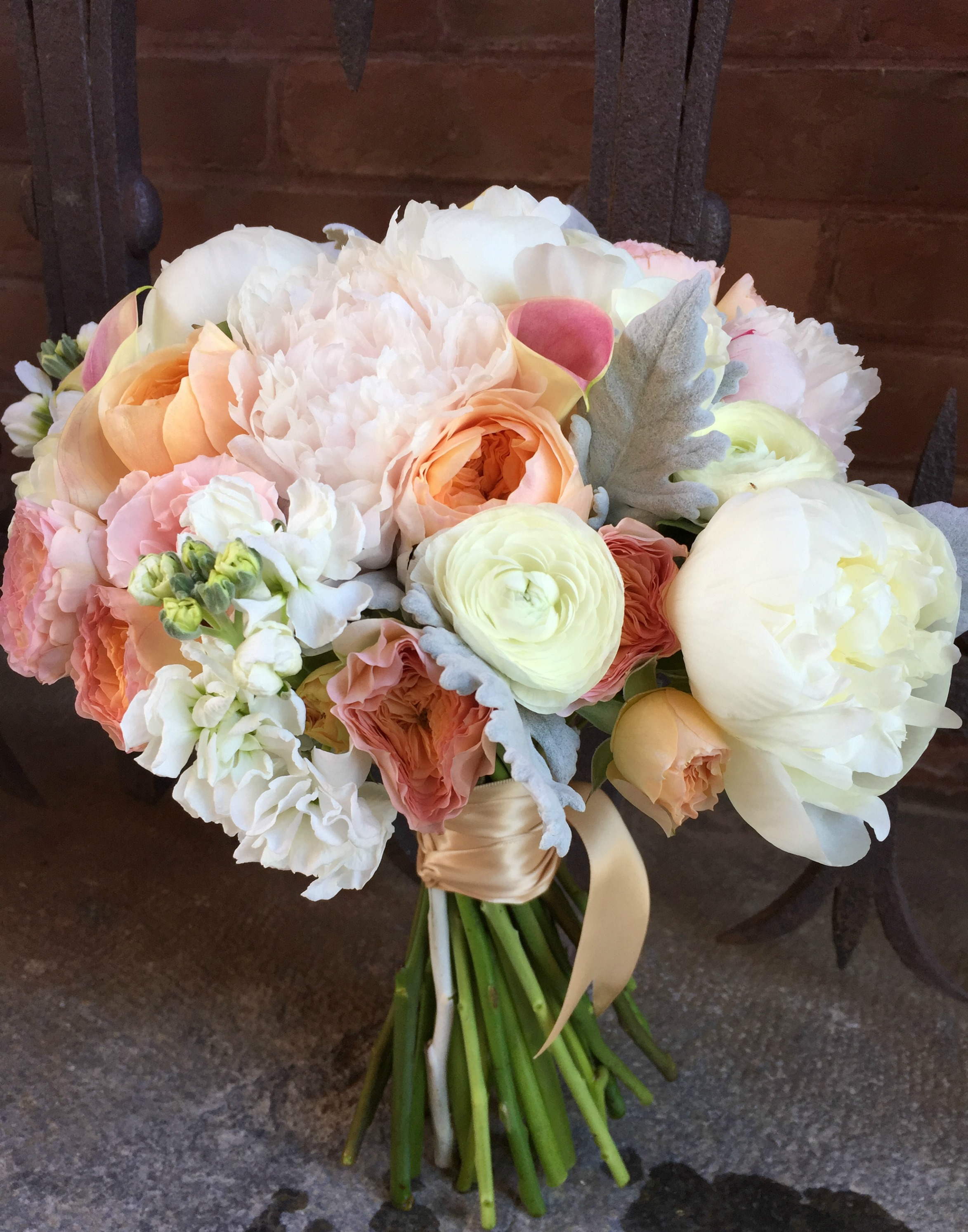 floral artistry, Alison Ellis, Wedding at The Coach Barn, Shelburne Farms