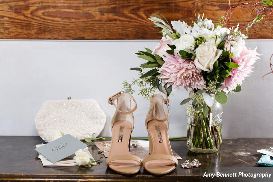 Amy Bennett Photography, Floral Artistry, Vermont Wedding Flowers